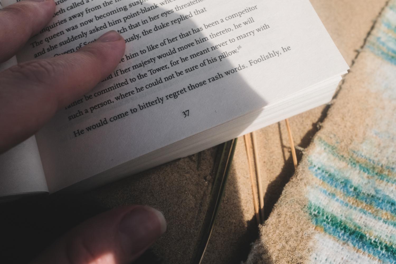 Reading-2.jpg