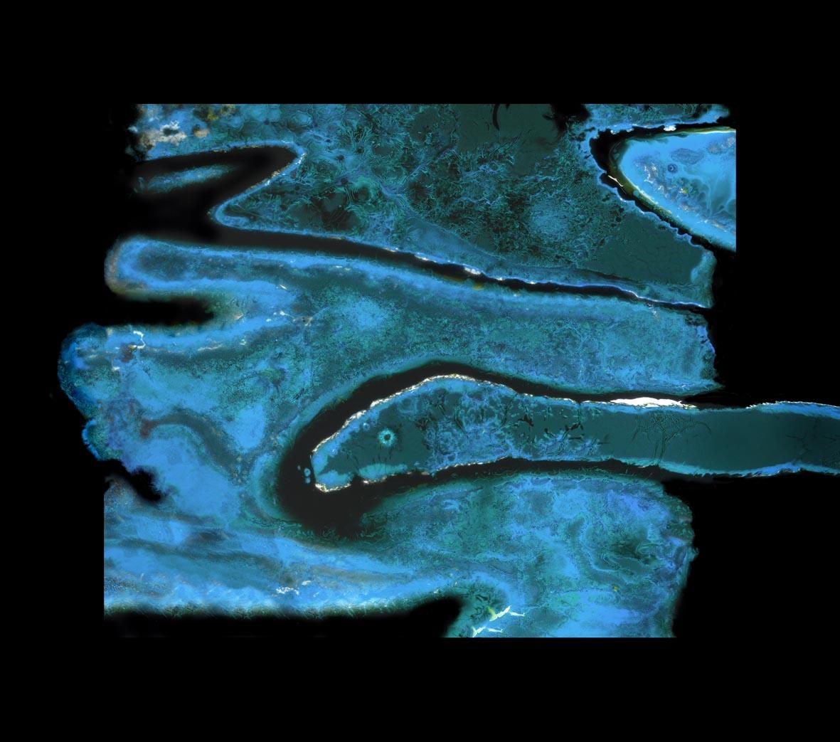 Ouroboros rag 88x100cm.jpg