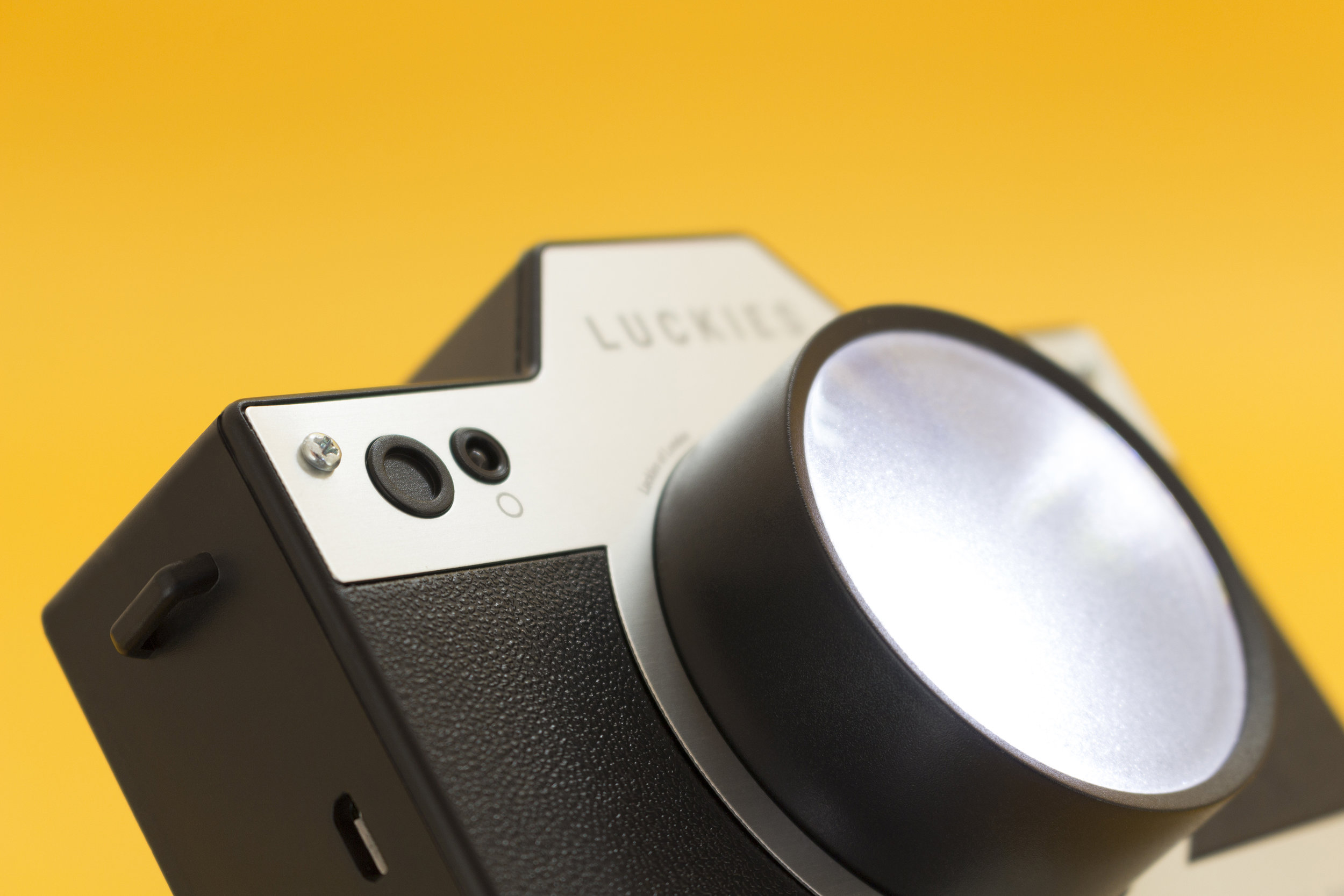 LUKCAM-10-RGB.jpg