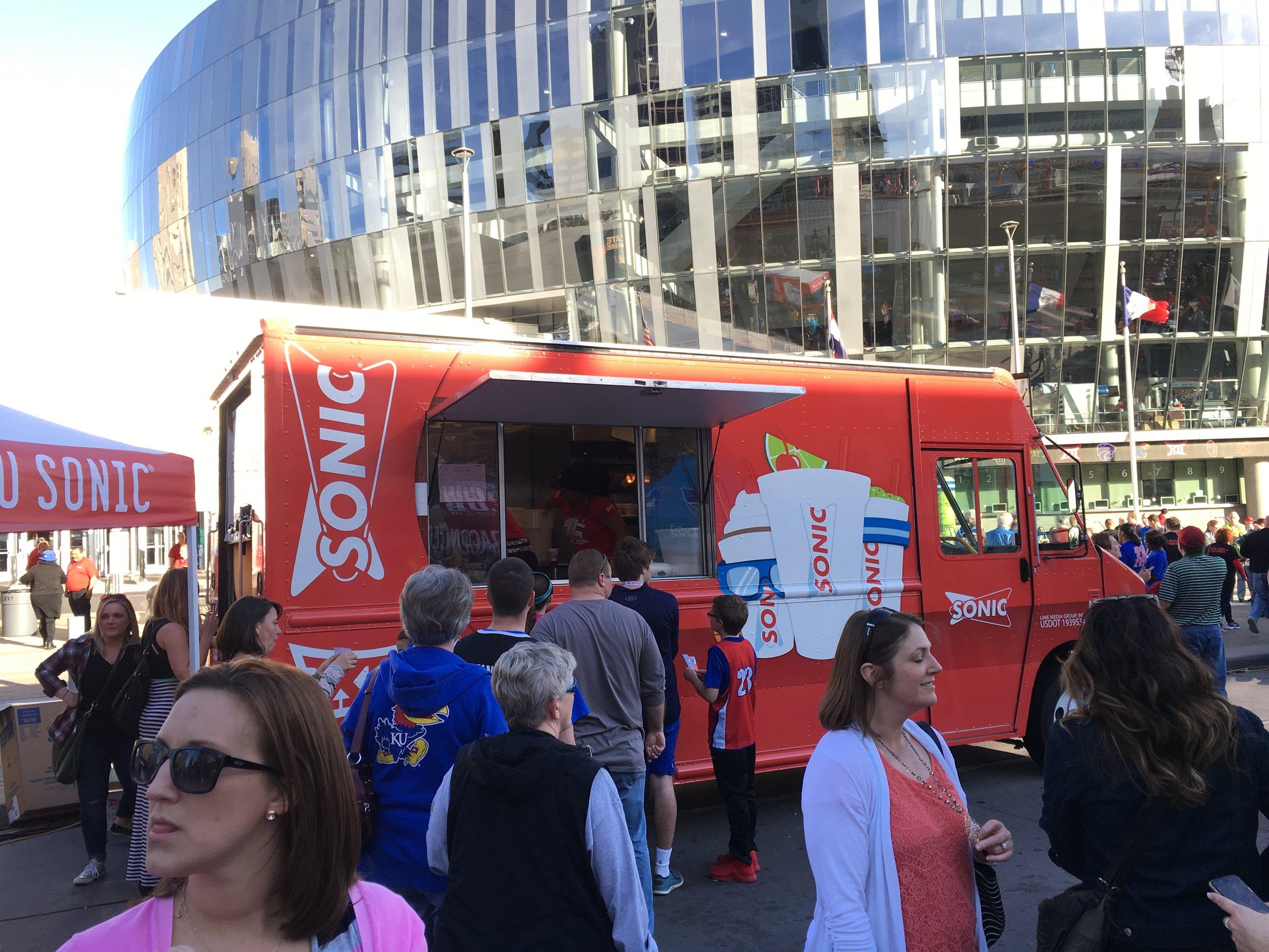 Scion-food-truck2.JPG
