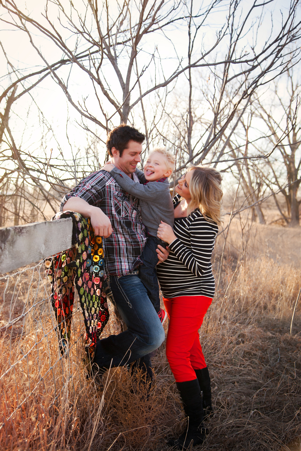 Russtanna_Photography_kearney_nebraska_natural_light_photographer_newborn_senior_family_engagement  (3).jpg