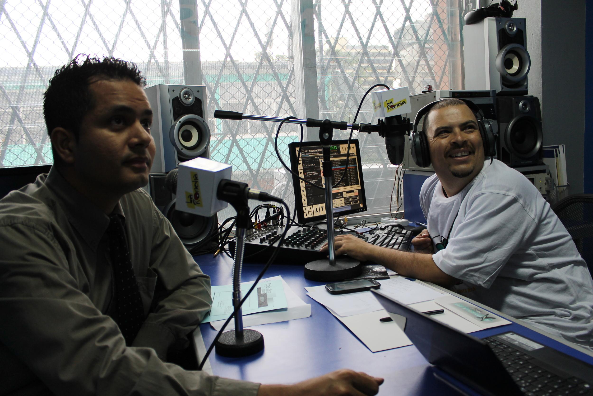 """La Roncha"" on Extrema FM 102.3"
