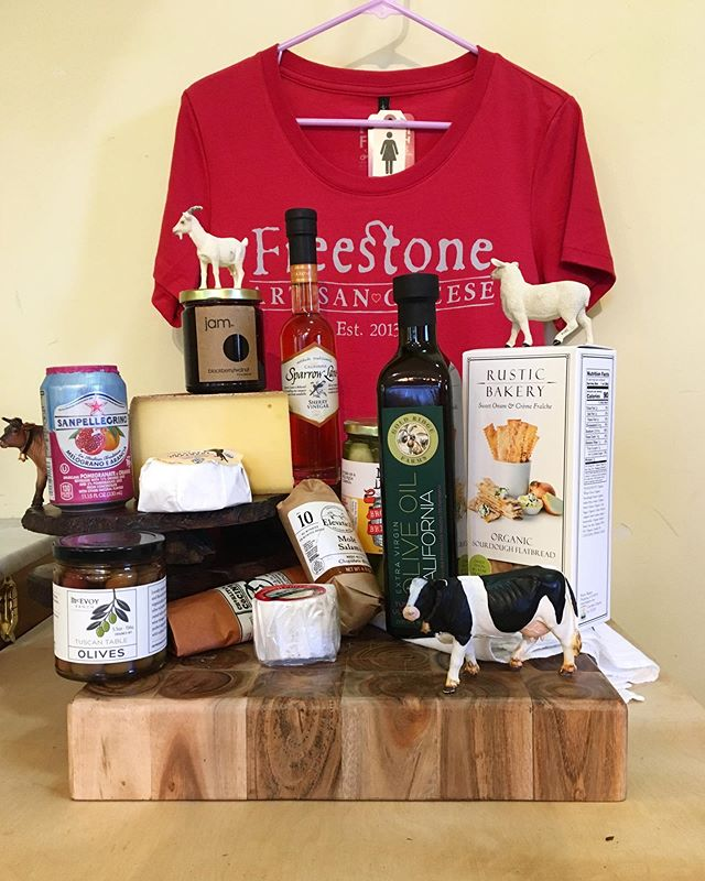 Summer is here! Come by the Freestone Artisan Cheese shop, for all your picnic needs! Enjoy delicious treats while soaking up the sunshine ☀️ #freestone #cheese #freestoneartisancheeseshop #artisan #california #local #cheeseshop #summer #picnic