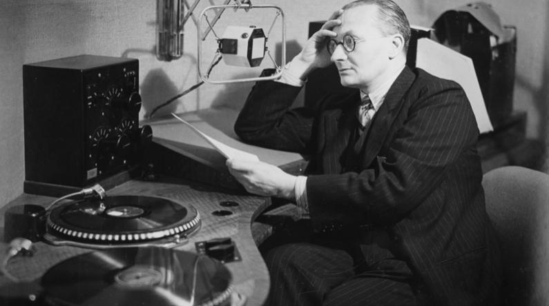 Christopher Stone被公認為第一批最有名的DJ之一 (圖片來自BBC Radio 3)