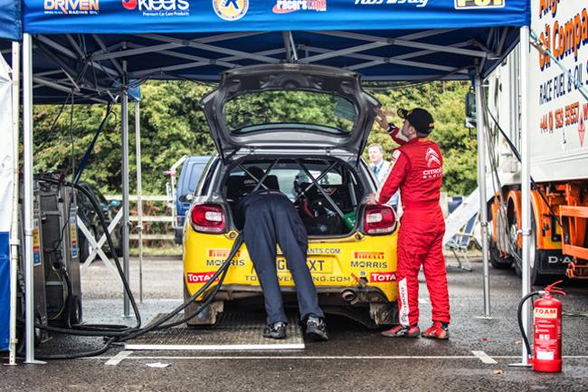 Rallye Sunseeker Refuel Fuel Pitstop Service Park