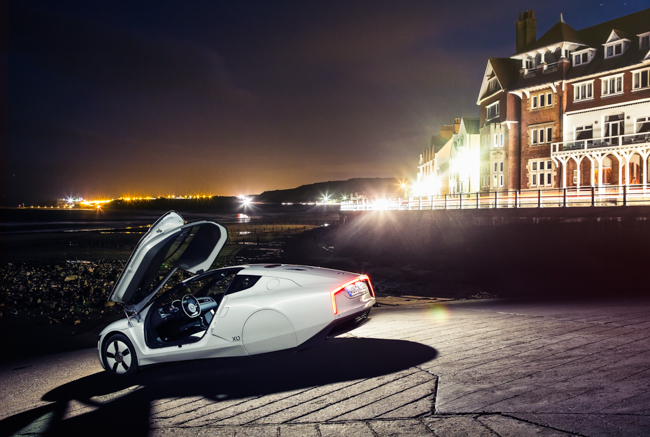Volkswagen XL1 VW SEV Hybrid Diesel Electric 795kg.jpg