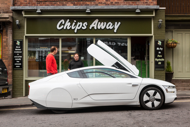 Volkswagen XL1 Parked up in Town Centre Whitby.jpg