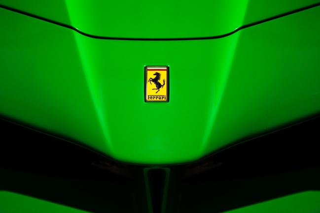Jay Kays Ferrari LaFerrari Green.jpg