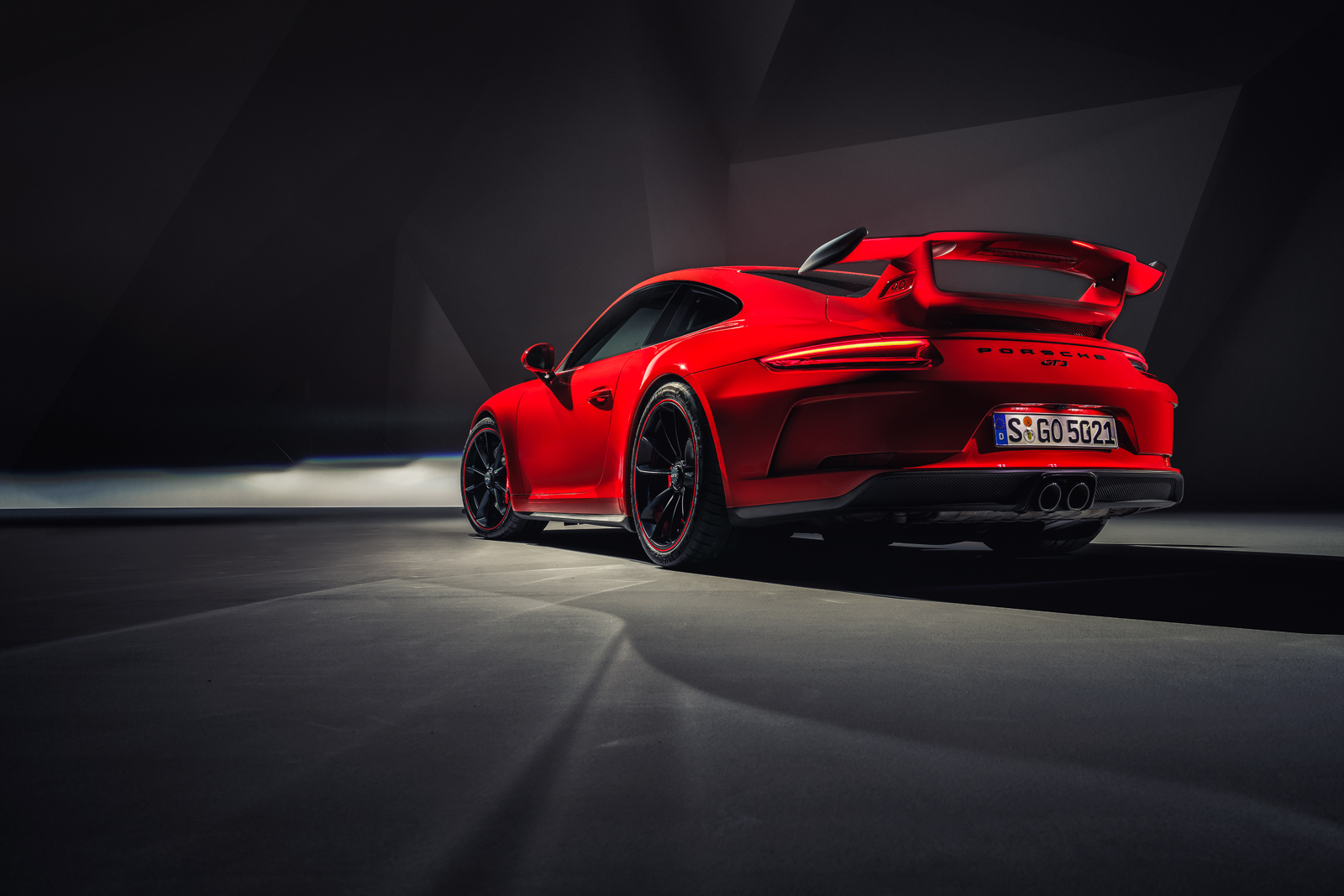 RP - 911 GT3 Reveal Photography-2.jpg