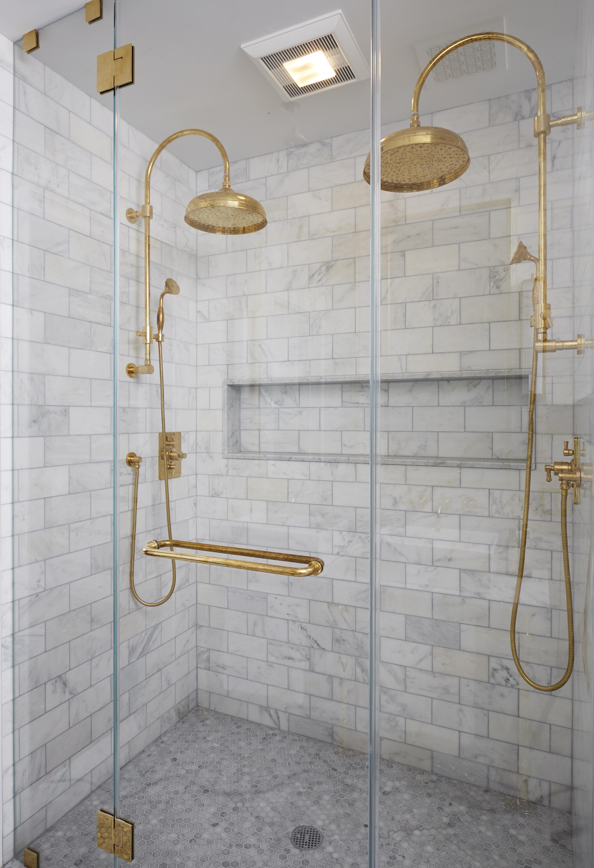 master_bathroom_b_031.jpg