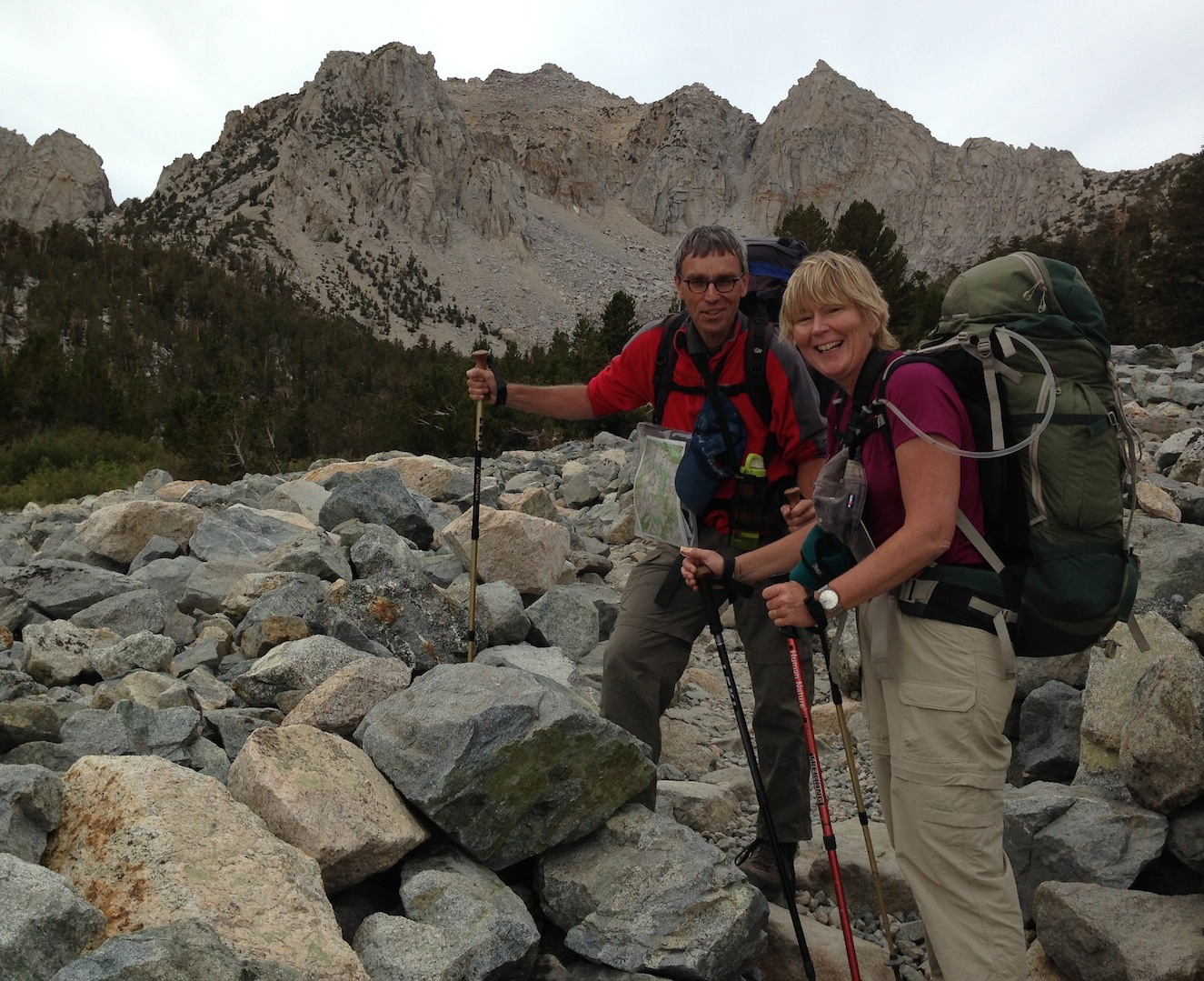 Globe-trotting hikers Annegien and Geert-jan from Amsterdam (!!) on the boulder field on the way to Kearsarge Pass on Aug. 31.