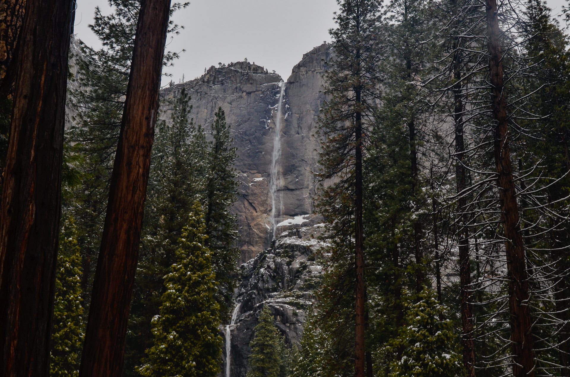 Yosemite Falls  © Emmaleigh Hundley