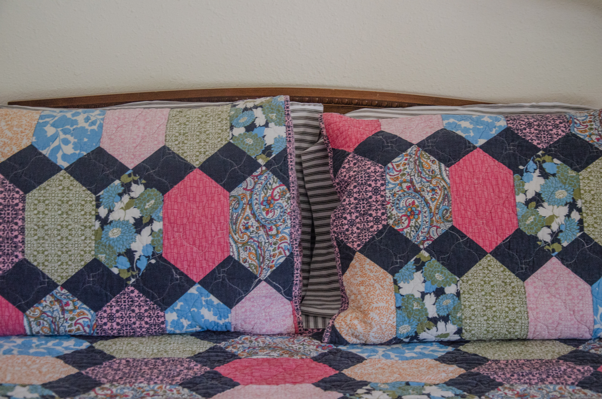 Detail of bedding in cabin 8