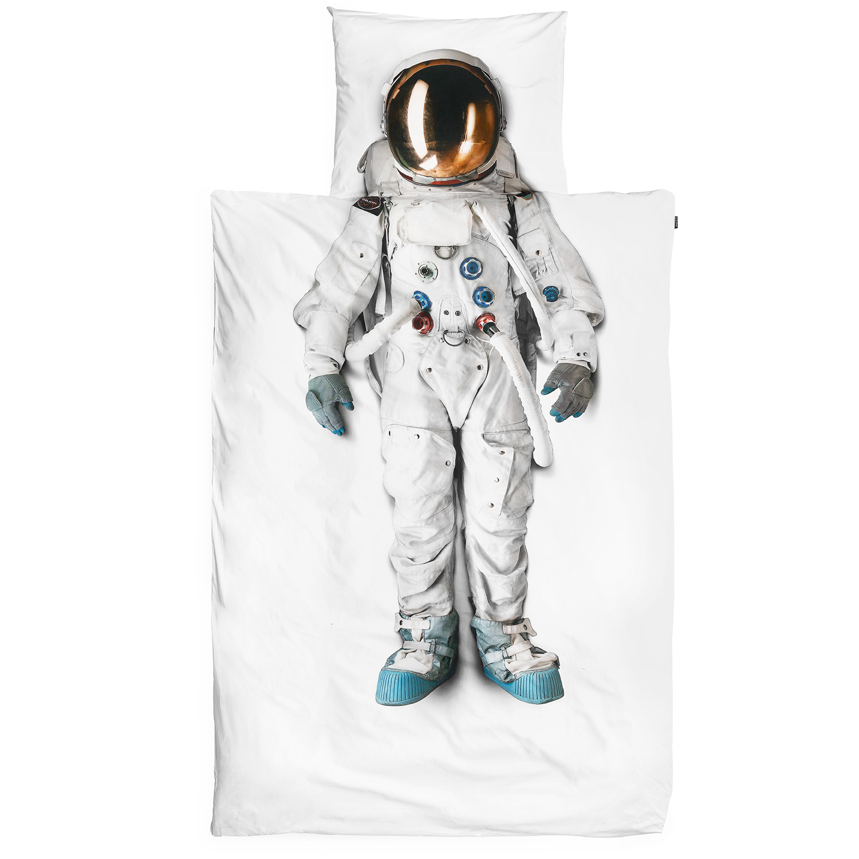 Astronaut_WEB_RGB.jpg
