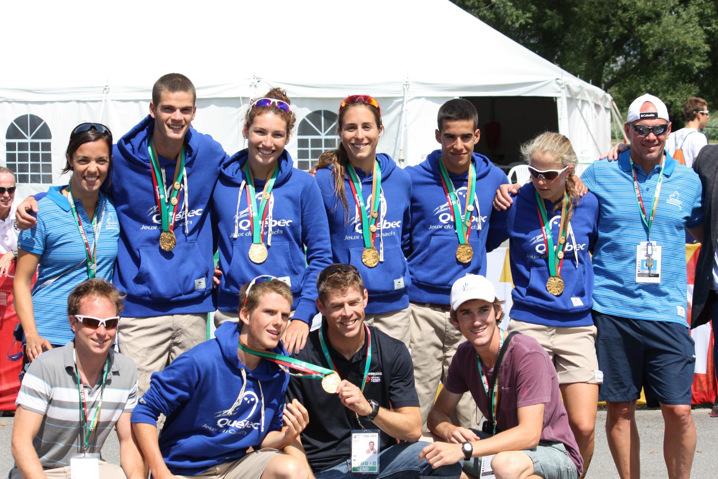 L'équipe du Québec en OR avec les coachs, Benoît-Hugo, Francis et Paul de TQ.