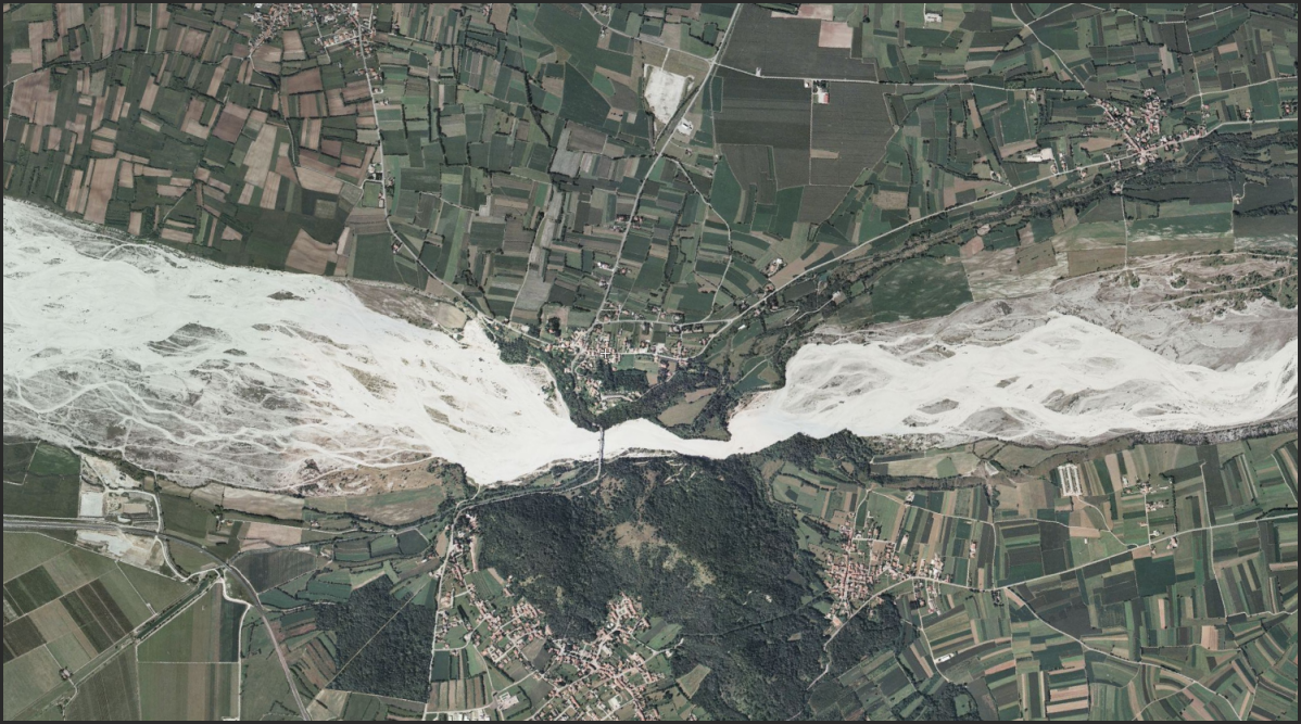 Lots of floodplain management 'challenges' in this particular area near the Alps. Yikes.   http://www.flashearth.com/?lat=46.183104&lon=12.80338&z=15.5&r=34&src=msa