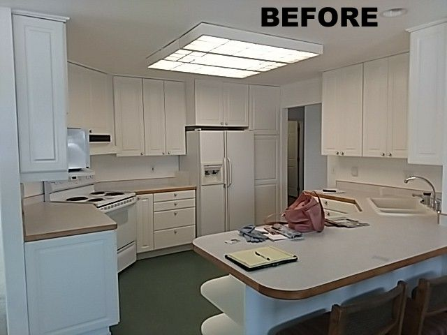 Kitchen before.jpg