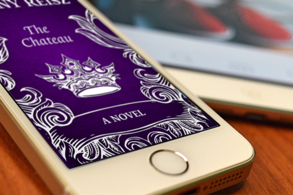 the-chateau-phone.jpg