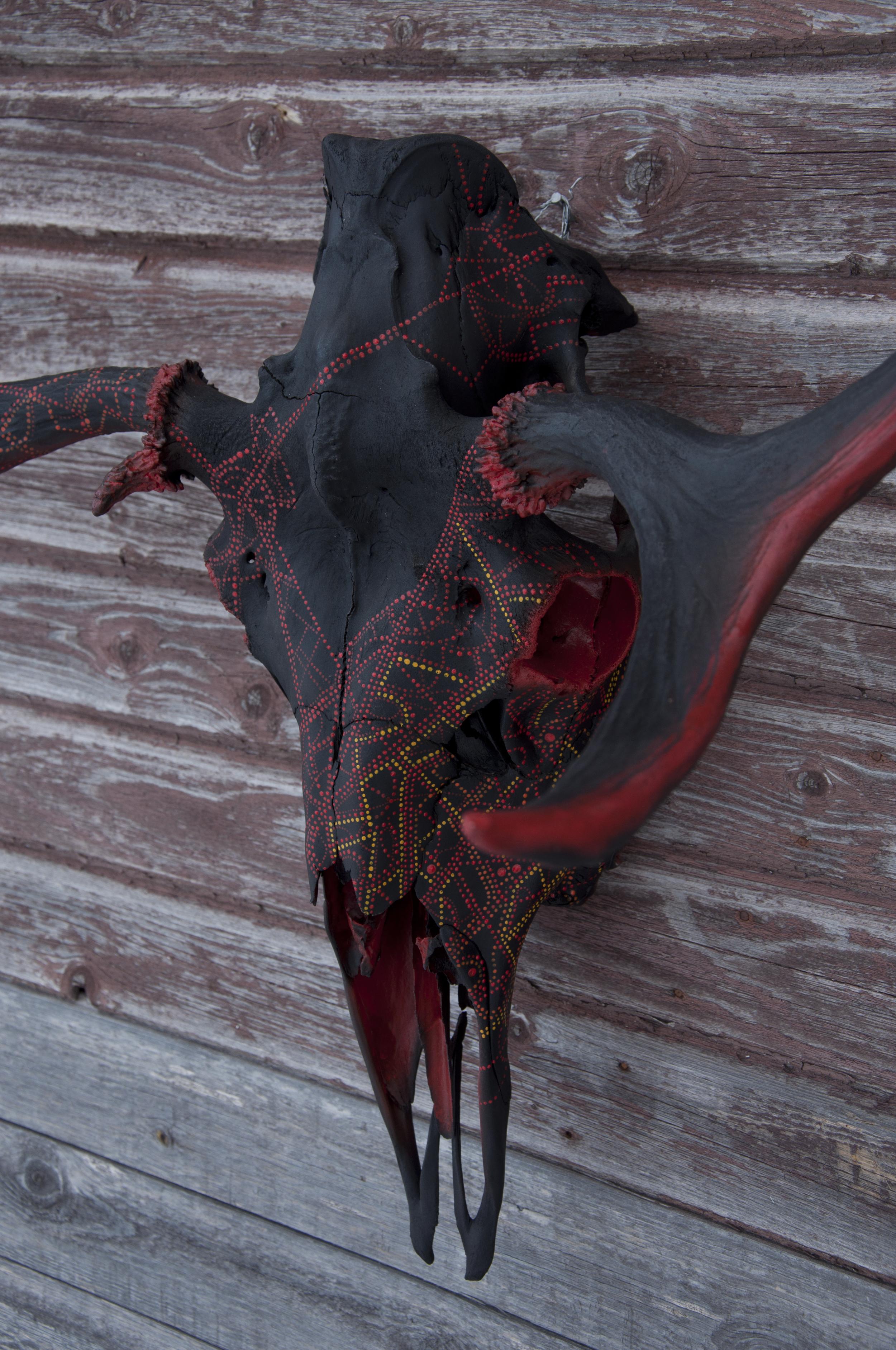 petra-shara-stoor-skull-art-velvekh-3.jpg