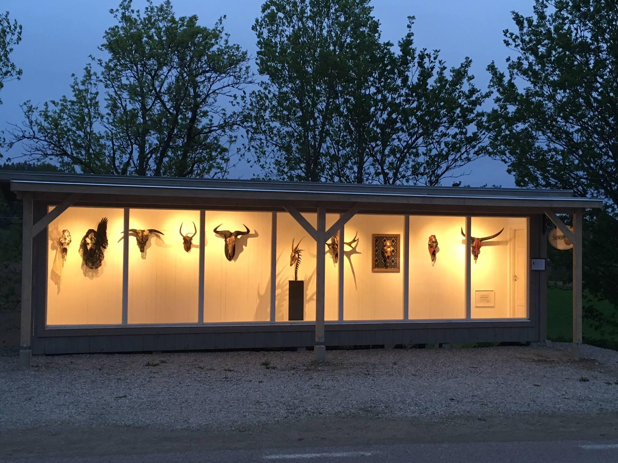 Drive in Gallery Stoorverk. Open 24/7 in Gnarp, Sweden