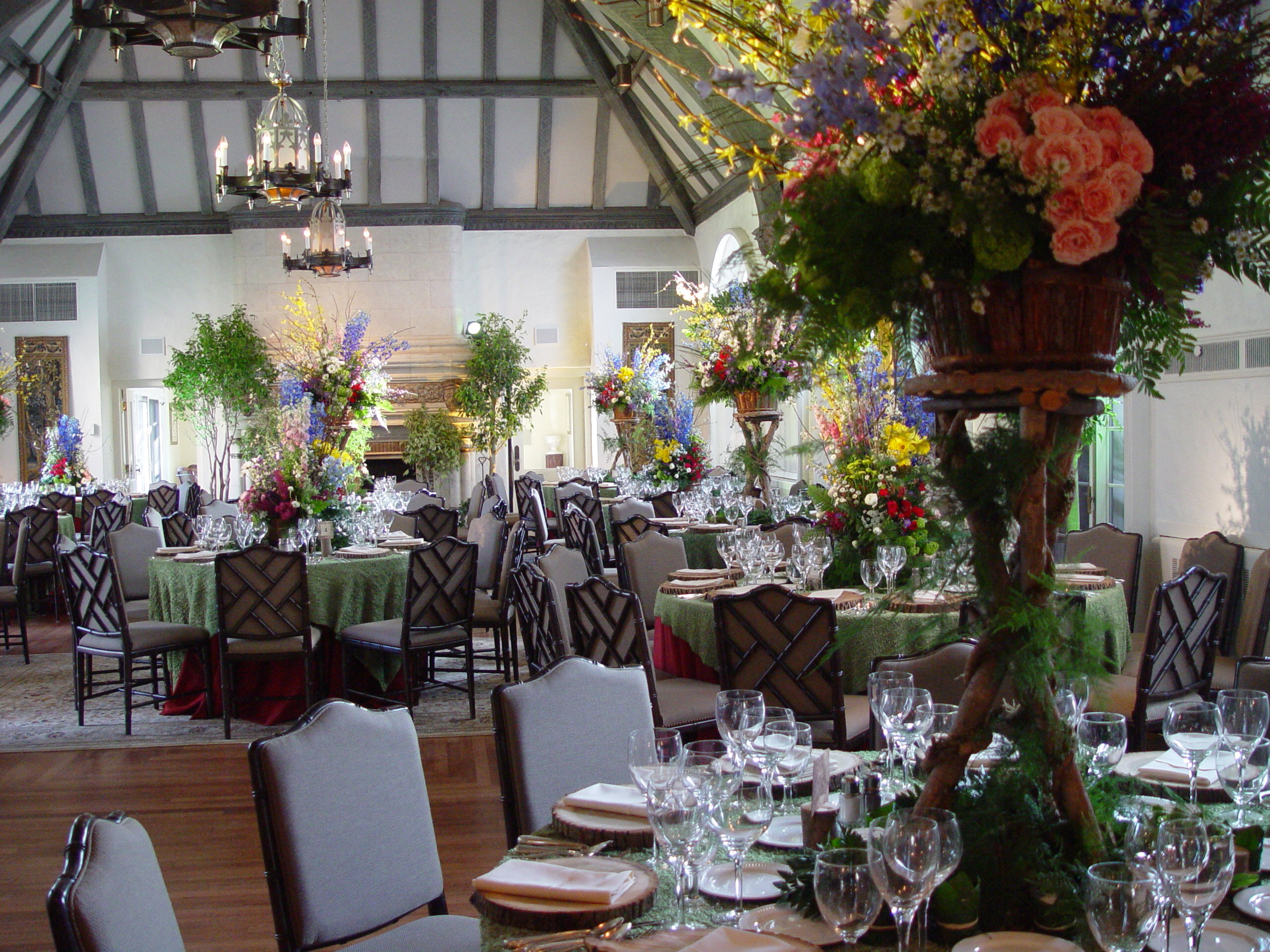 rustic+props+decor+centerpieces+for+rent+rentals+nj+ny+pa+eggsotic+events.jpg