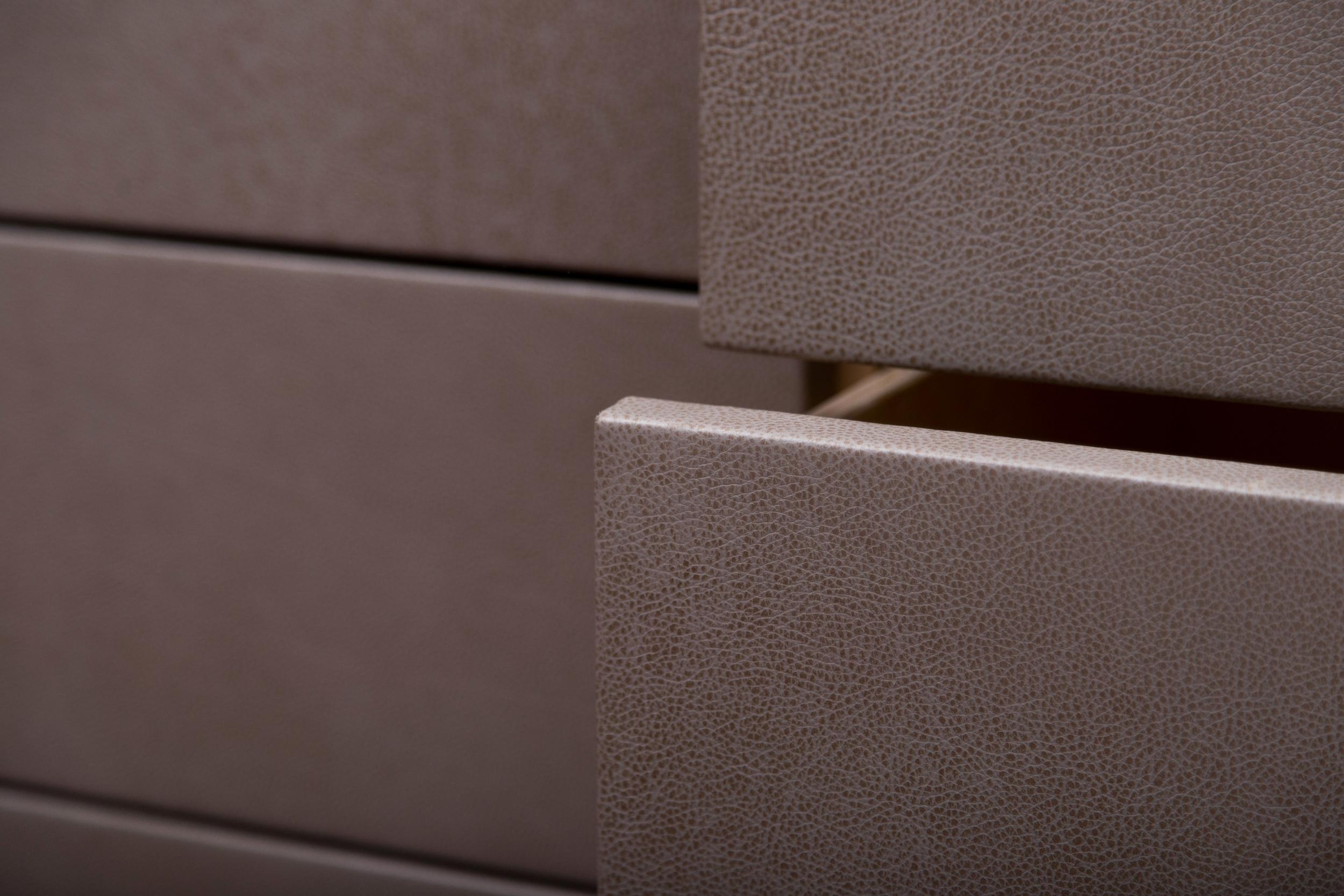 SENTIENT Murlough Dresser