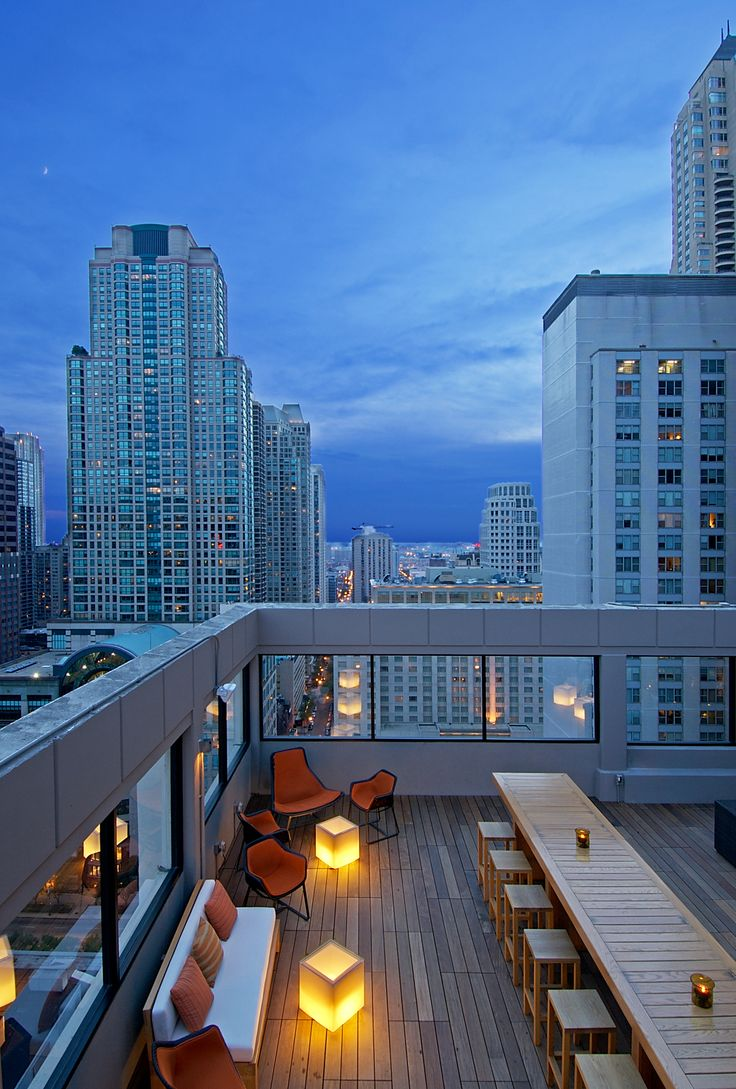 The Stewart | Affinia Hotel Rooftop Bar | Chicago