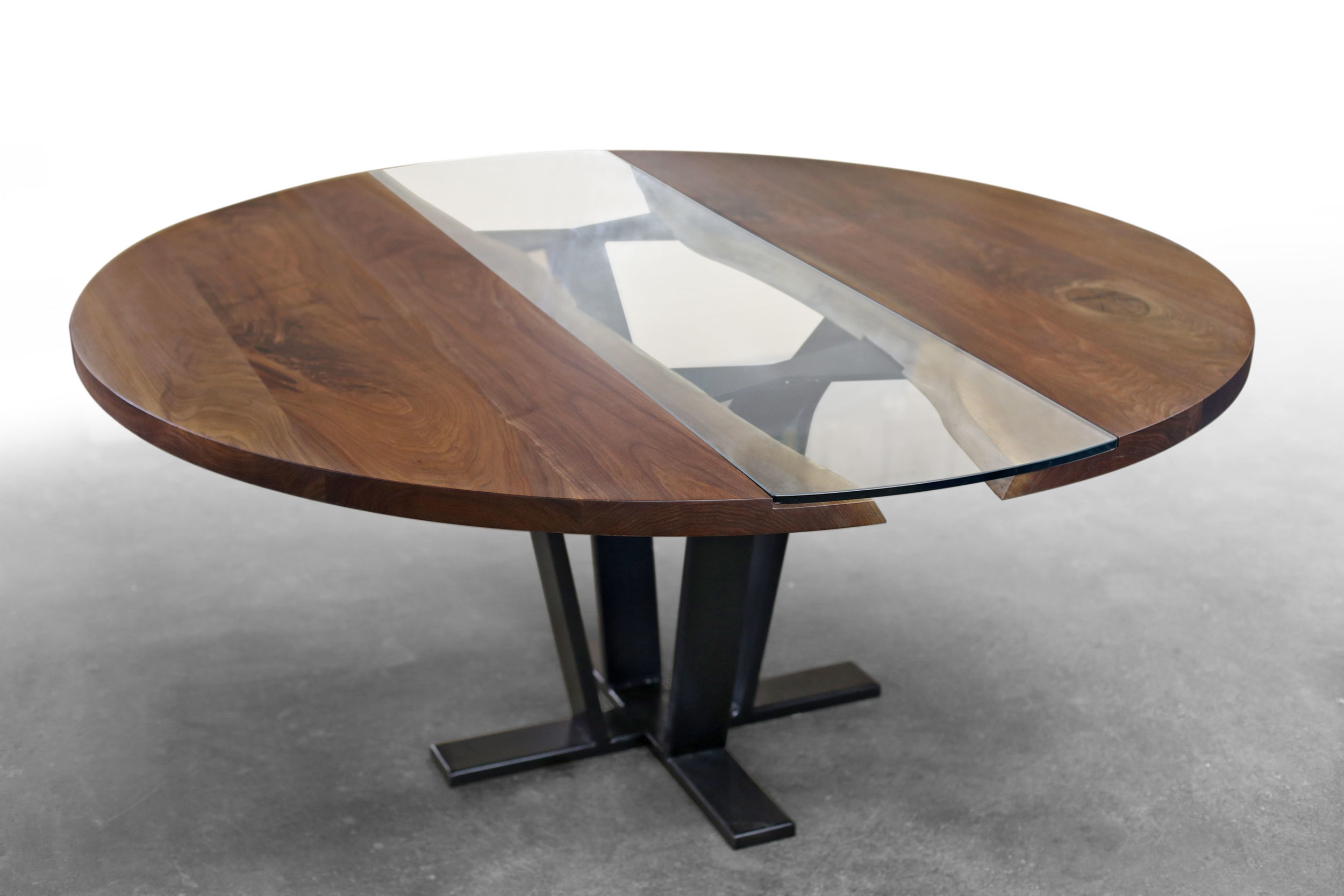 Round Pedestal Walnut Colorado Table
