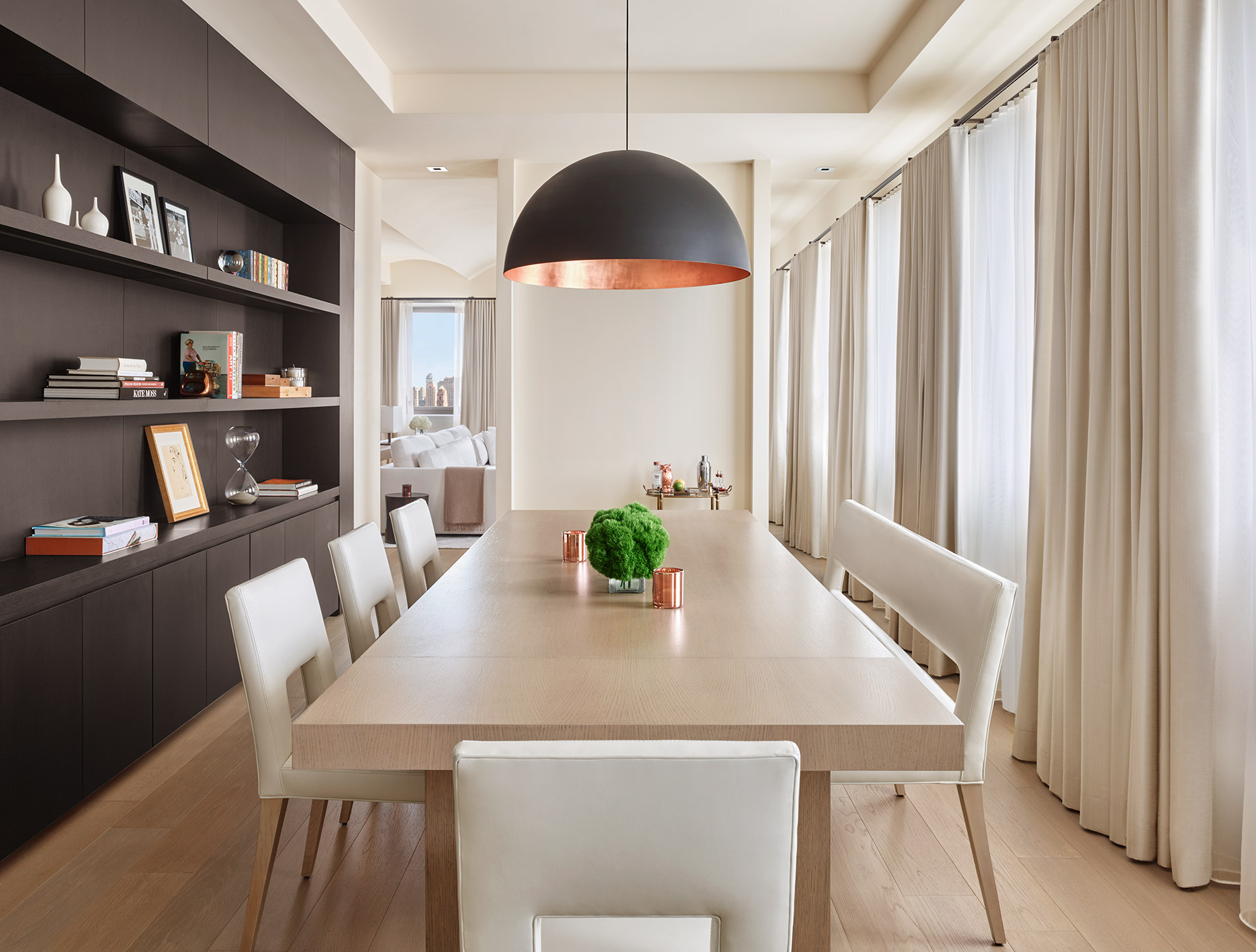 The-New-York-EDITION-Penthouse-Dining-1870x1400.jpg