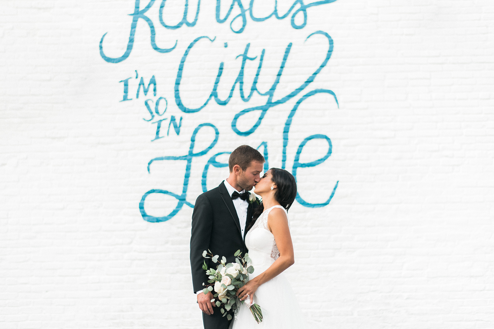 Kansas City I'm So in Love Wall Wedding Photographer