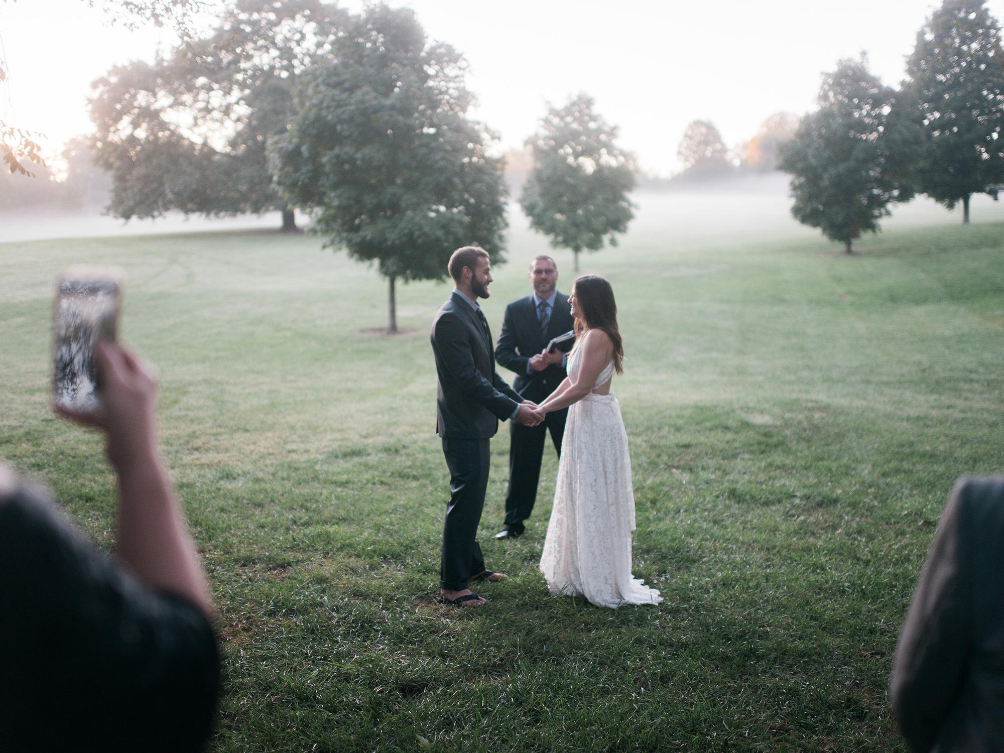 Kansas_City_Wedding_Elopement_Photographer_Loose_Park_5.jpg