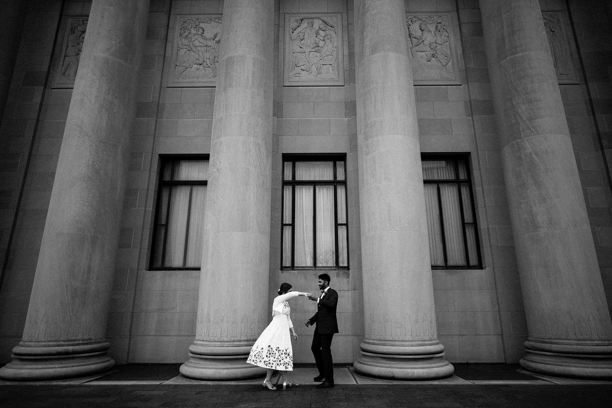 Kansas City Creative Documentary Photojournalist The Nelson-Atkins Museum Wedding Photographer