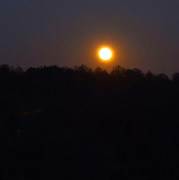 Fire Moon_©acfallen.png