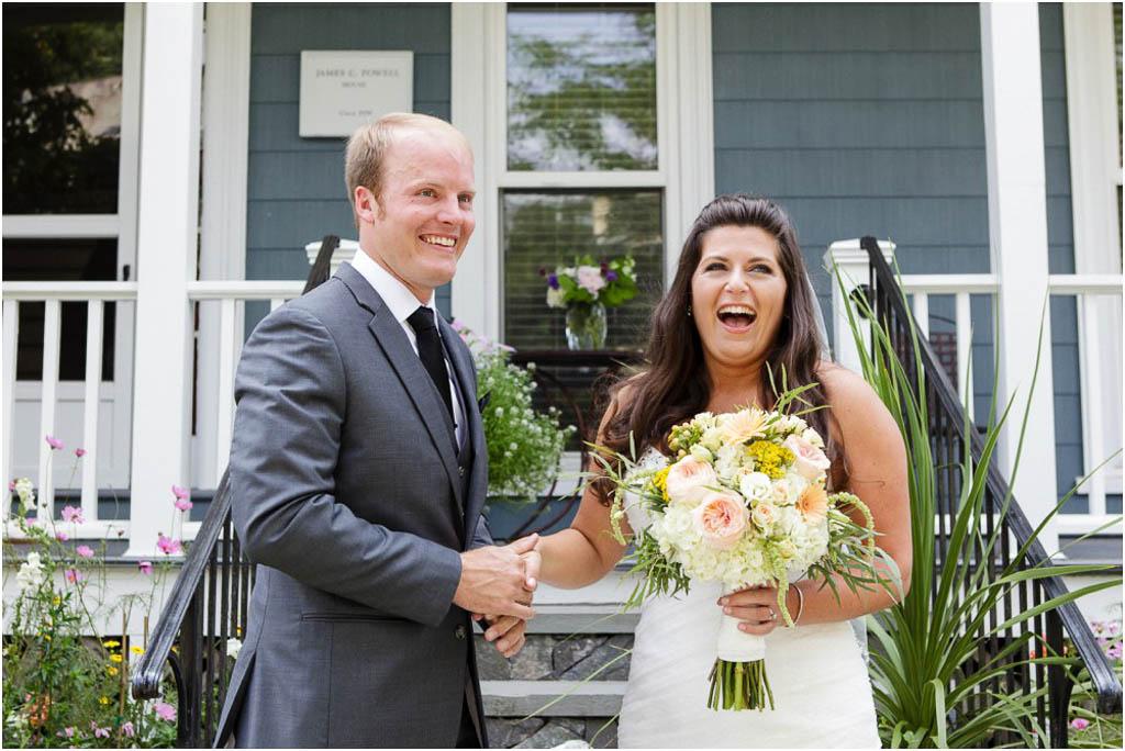 Newport-Vineyards-Wedding-First-Look-Candids.jpg