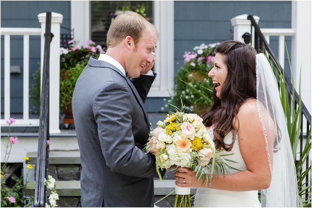Newport-Vineyards-Wedding-First-Look-Photos.jpg