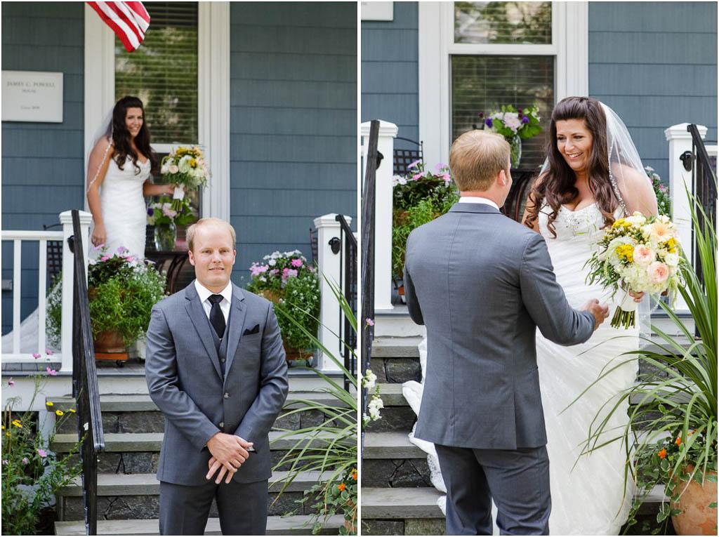 Newport-Vineyards-Wedding-First-Look.jpg