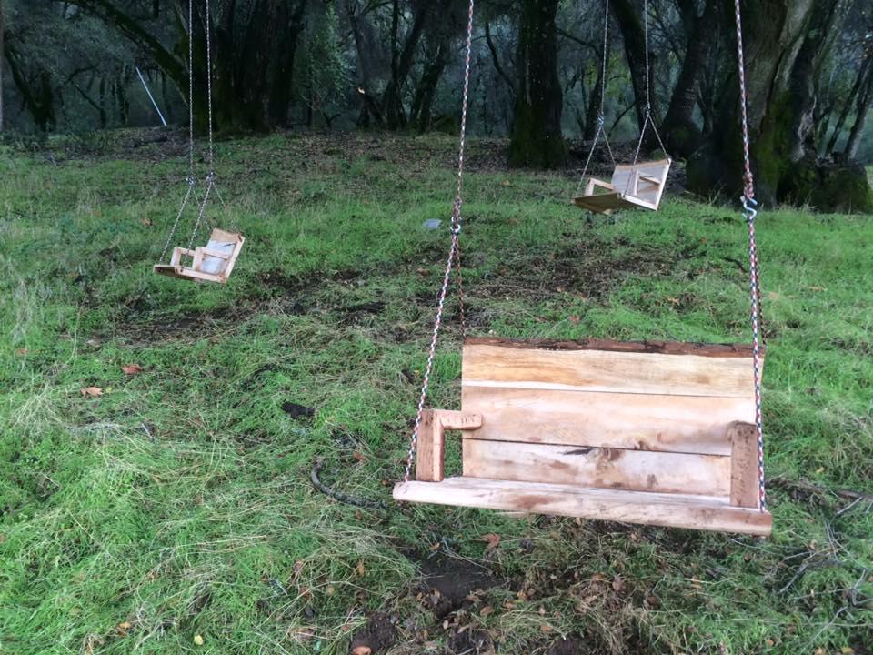 Swing Set in 3 Sizes.