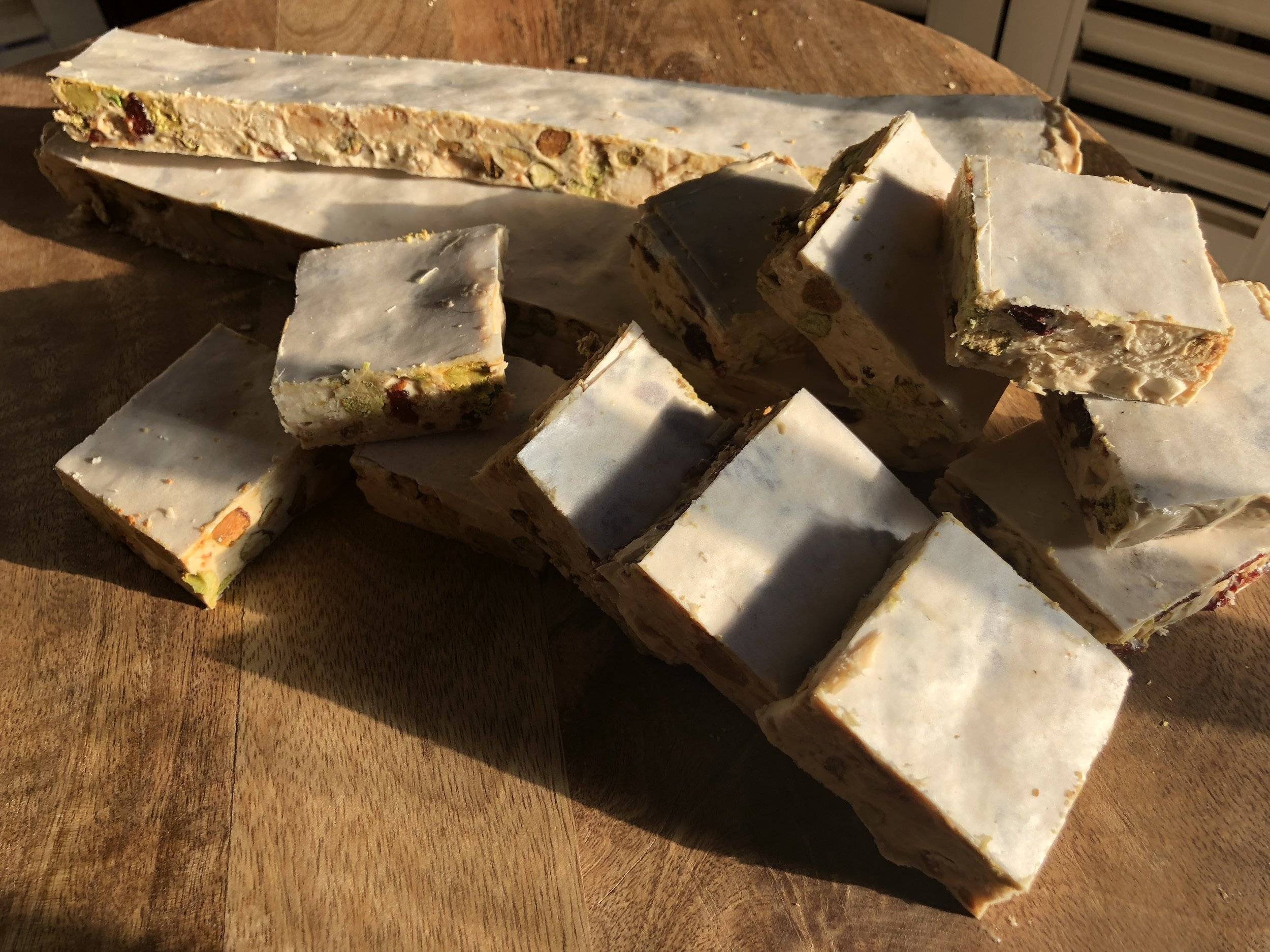 Cut the torrone into any size or shape you like.