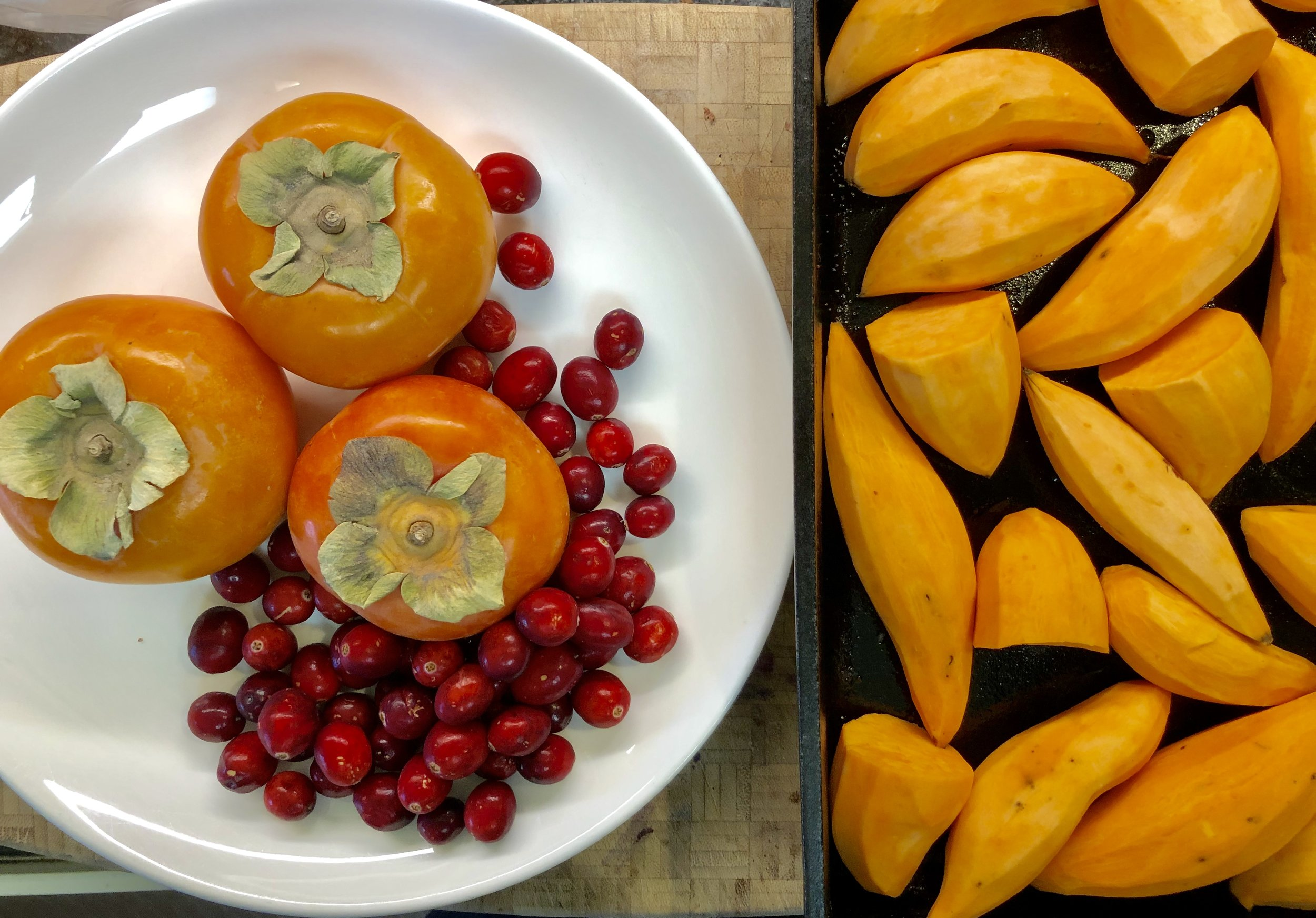 If you're luck enough to find persimmons where you are… grab 'em! Just make sure they are Fuyu Persimmons.