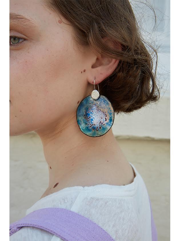 Lilac-Ada-Hodgson-statement-earrings-ada-hodgson-contemporary-australian-jewellery-designer-jeweller-design-handmade-mebourne-made-custom-colourful-enamel-sterling-silver-jewelry-statement-earrings