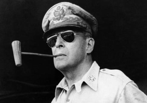 Douglas-MacArthur-in-1945.jpg