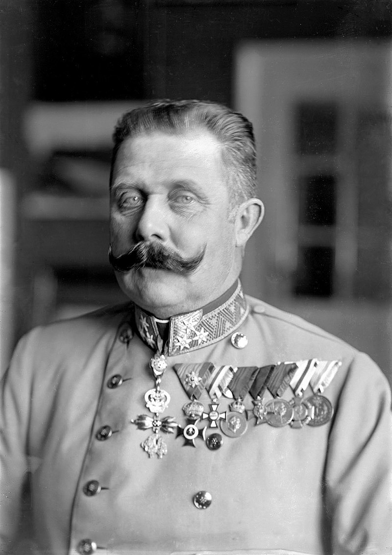 Archduke Franz Ferdinand Lives! Book Review — With Both Hands