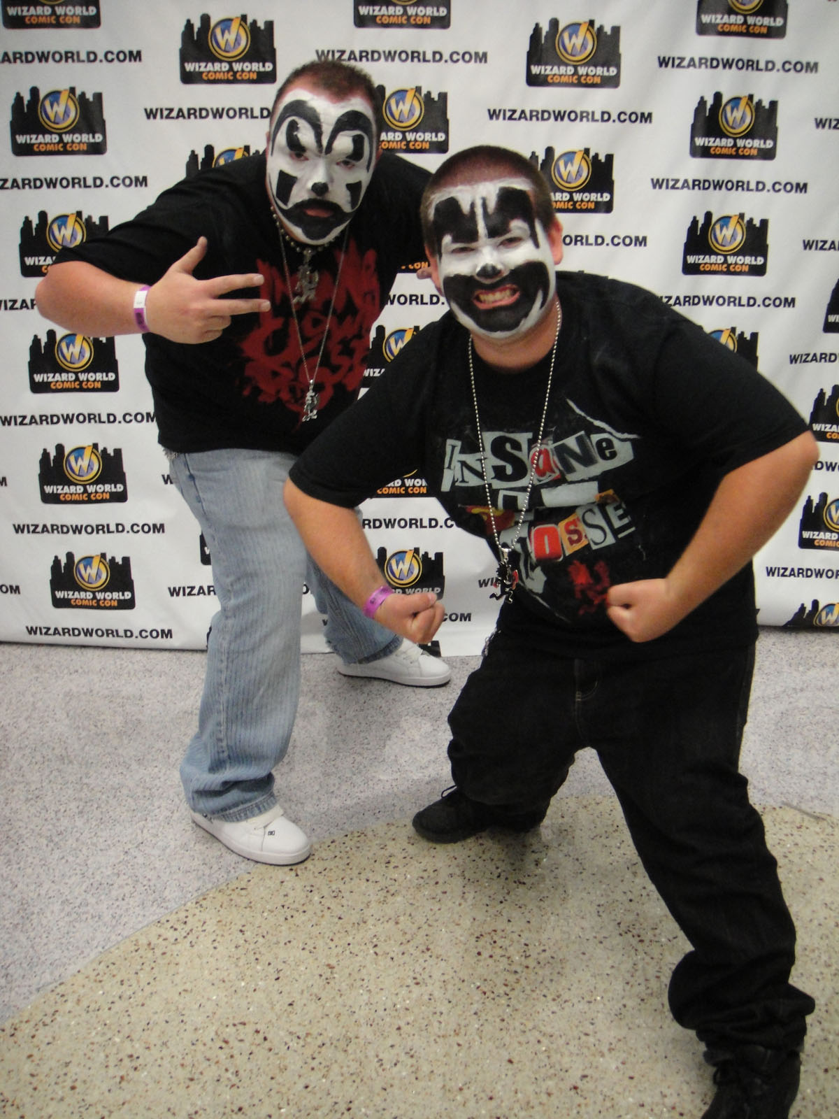 Juggalos  By The Conmunity - Pop Culture Geek from Los Angeles, CA, USA (Wizard World Anaheim 2011 - Insane Clown Posse) [CC BY 2.0 (https://creativecommons.org/licenses/by/2.0)], via Wikimedia Commons
