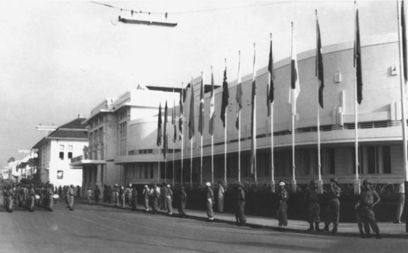 Bandung Conference By Ron4 - NL Wikipedia [1], Public Domain, https://commons.wikimedia.org/w/index.php?curid=1073129