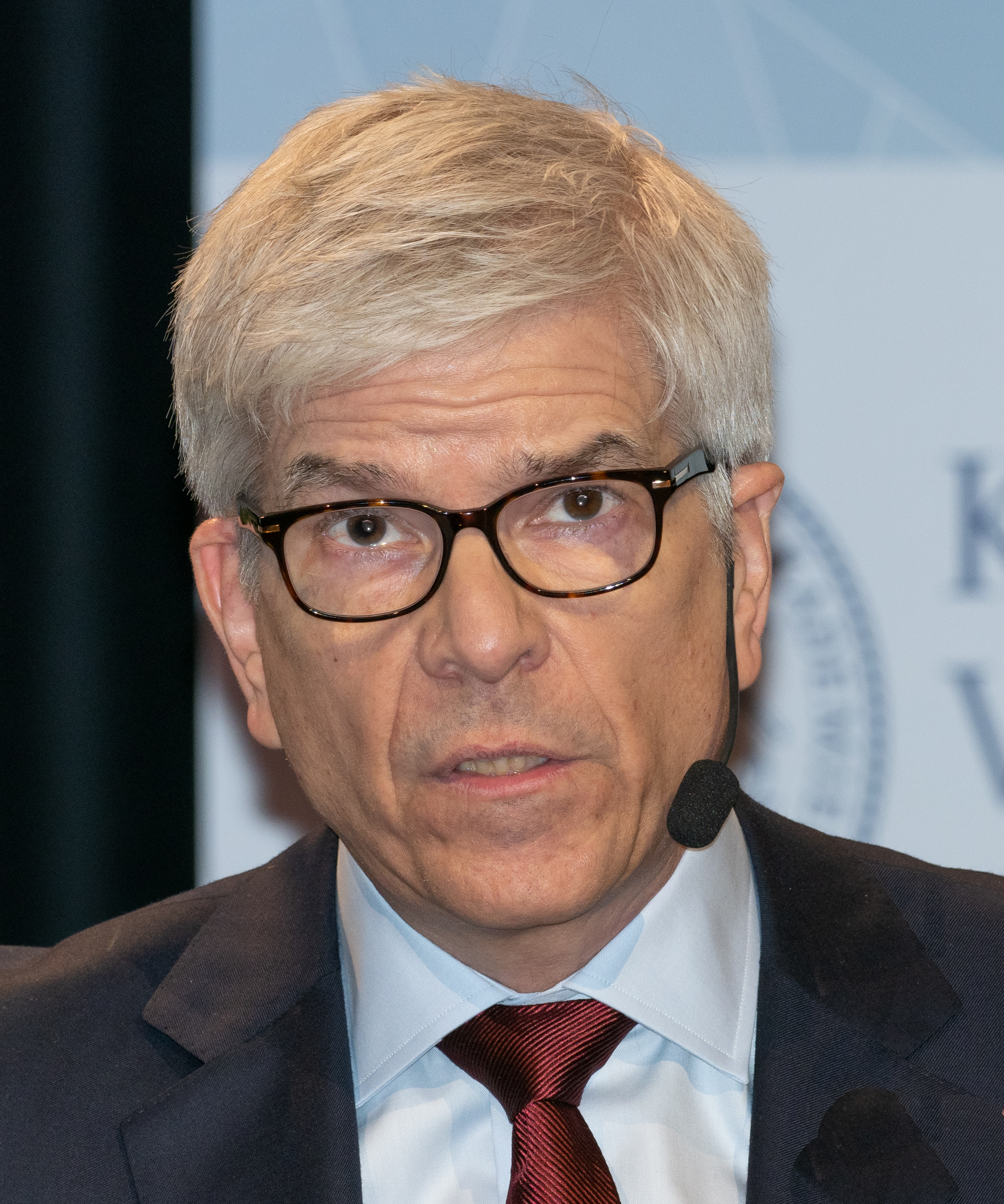 Paul Romer at the Nobel Memorial Prize Ceremony  By Bengt Nyman from Vaxholm, Sweden - EM1B6039, CC BY 2.0, https://commons.wikimedia.org/w/index.php?curid=74934767