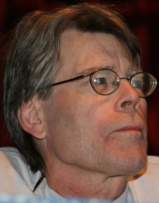 "Stephen King in 2007 at ComicCon  By Pinguino Kolb - ""Pinguino's"" flickr account, CC BY 2.0, https://commons.wikimedia.org/w/index.php?curid=1774637"