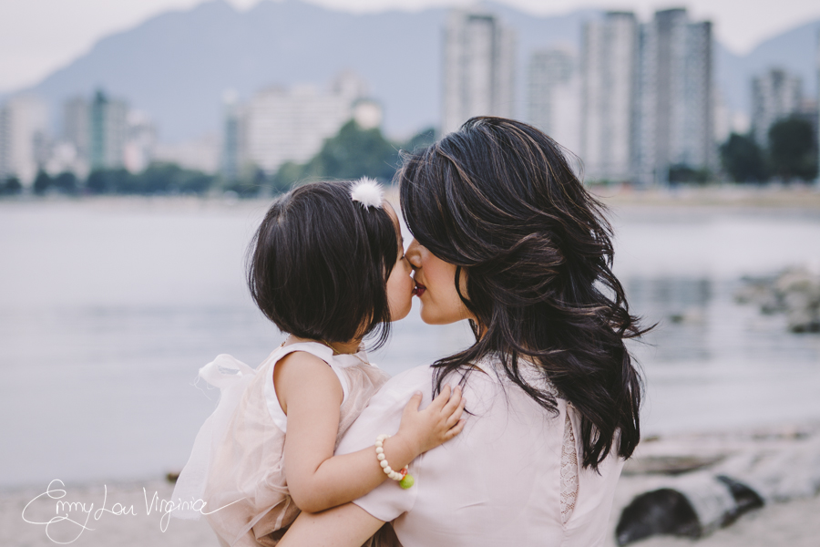 Amy Chan, Mother-daughter Session, Aug. 2013- LOW-RES-Emmy Lou Virginia Photography-12.jpg