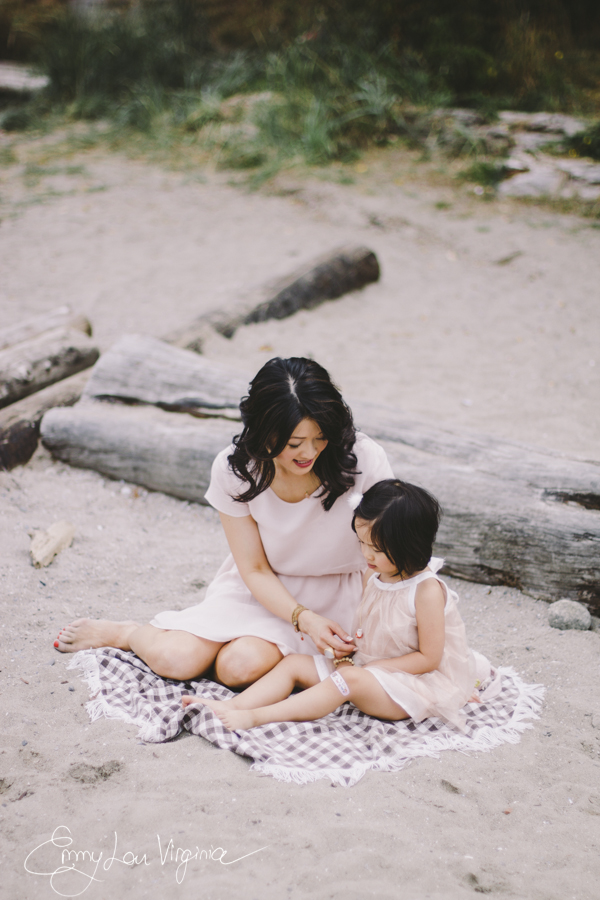 Amy Chan, Mother-daughter Session, Aug. 2013- LOW-RES-Emmy Lou Virginia Photography-21.jpg