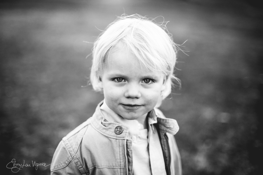 North Vancouver Family Photographer - Emmy Lou Virginia Photography-5.jpg