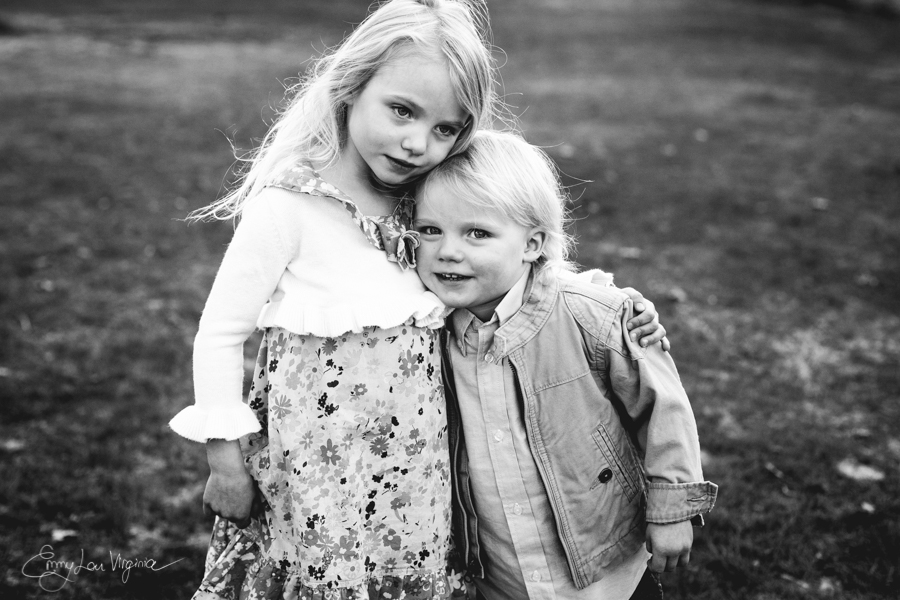 North Vancouver Family Photographer - Emmy Lou Virginia Photography-2.jpg